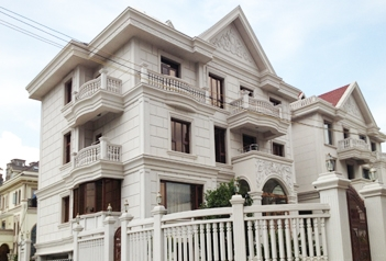 建筑外墙干挂固定方法,尤其别墅建材建筑很常见
