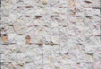 石材马赛克的材料成本都很低吗?
