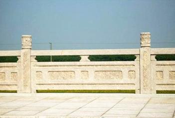 大理石石栏杆独有特点,都有哪些优点?