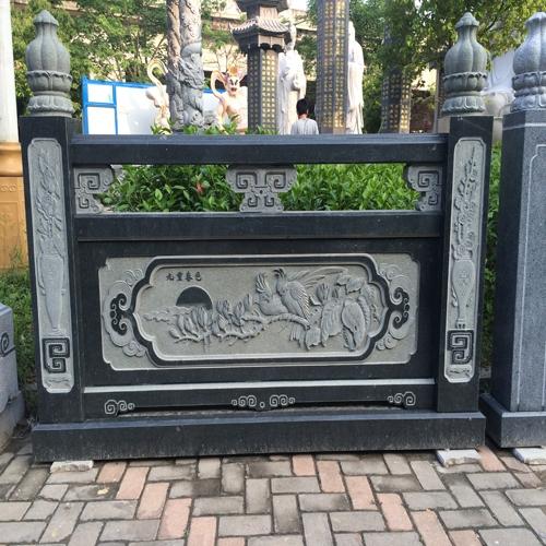 九重春色浮雕石材栏杆