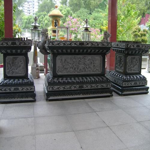 寺庙石墩台