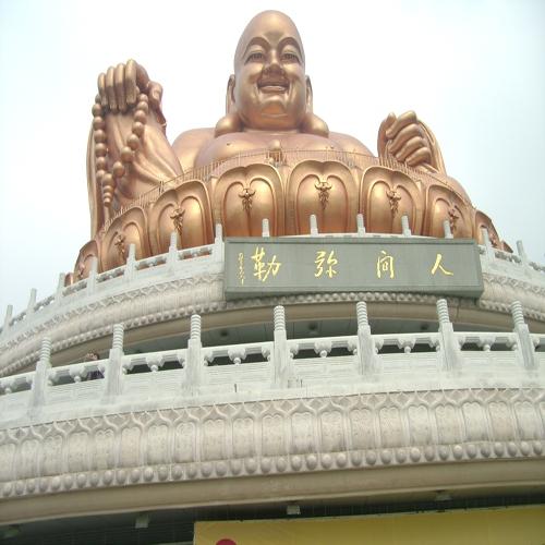 昆山寺庙大佛